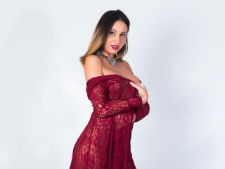Photo de profil sexy du modèle AbriannaLynn, pour un live show webcam très hot !