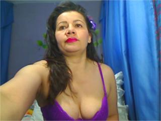 Photo de profil sexy du modèle AsSofia, pour un live show webcam très hot !