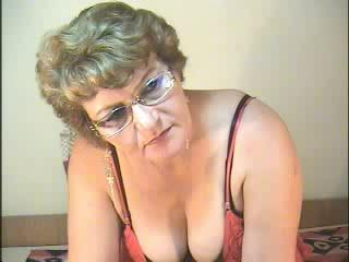Picture of the sexy profile of EliteMILF, for a very hot webcam live show !