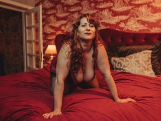 Sexet profilfoto af model HairySonia, til meget hot live show webcam!