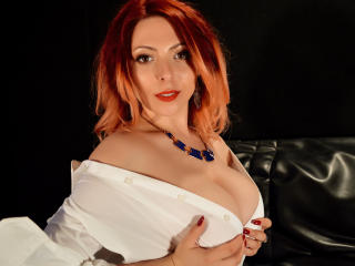 Photo de profil sexy du modèle HeavenlyBeauty, pour un live show webcam très hot !