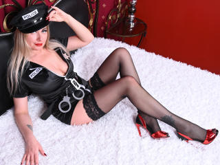 Photo de profil sexy du modèle JuliannaSexx, pour un live show webcam très hot !