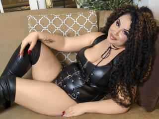 Picture of the sexy profile of LadyEmperatriz, for a very hot webcam live show !