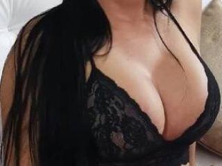 Photo de profil sexy du modèle LovelyVenus, pour un live show webcam très hot !