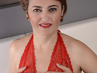 Photo de profil sexy du modèle LucyLady, pour un live show webcam très hot !