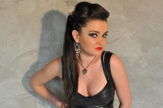 Picture of the sexy profile of MaitresseNadia, for a very hot webcam live show !