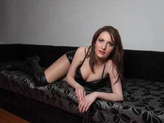 Picture of the sexy profile of MistressKarla, for a very hot webcam live show !
