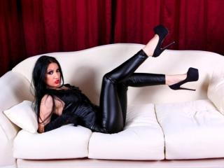 Picture of the sexy profile of MistressRavennaOne, for a very hot webcam live show !