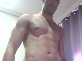 Picture of the sexy profile of MoroccanBoy69, for a very hot webcam live show !