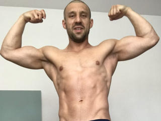 Picture of the sexy profile of NewMuscledBoy, for a very hot webcam live show !