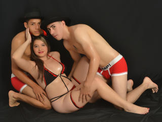 Picture of the sexy profile of SexFantasticTrio, for a very hot webcam live show !