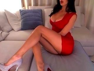 Photo de profil sexy du modèle SexySimonne, pour un live show webcam très hot !
