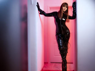 Photo de profil sexy du modèle ShineGoddess, pour un live show webcam très hot !