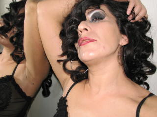 Photo de profil sexy du modèle UniqueGirl, pour un live show webcam très hot !