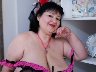 Photo de profil sexy du modèle xAdorableBoobs, pour un live show webcam très hot !