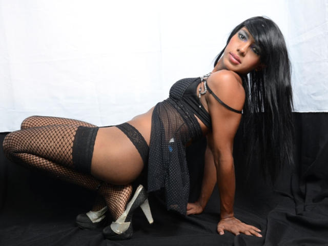 Picture of the sexy profile of GabyHotX, for a very hot webcam live show !