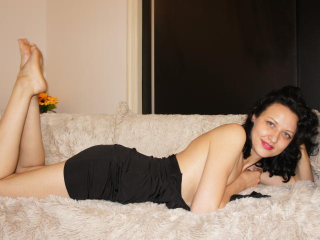 Picture of the sexy profile of Katalinex, for a very hot webcam live show !