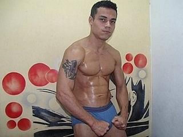 Picture of the sexy profile of MuscularGuy, for a very hot webcam live show !