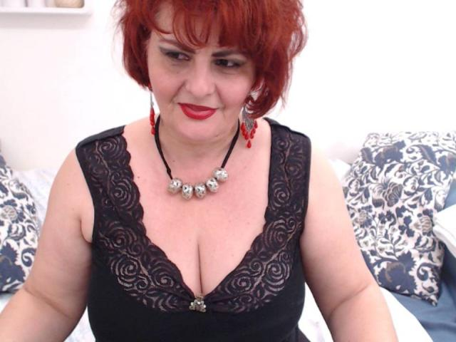 Picture of the sexy profile of OneNastyMature, for a very hot webcam live show !
