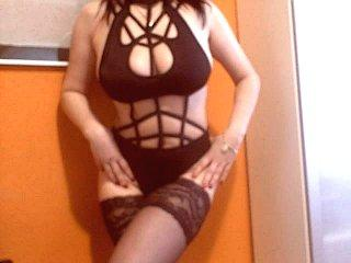 SweetJugs4U - Sexy live show with sex cam on XloveCam®
