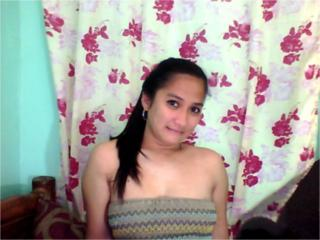 SexyIcy - Sexy live show with sex cam on XloveCam®