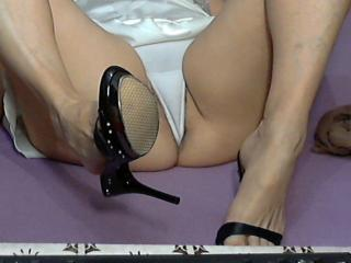 Cristinne69 - Sexy live show with sex cam on XloveCam