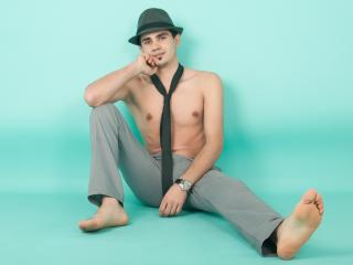 CuteHotErick - Sexy live show with sex cam on XloveCam®