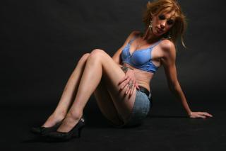 BlondeMiraje - Sexy live show with sex cam on XloveCam®
