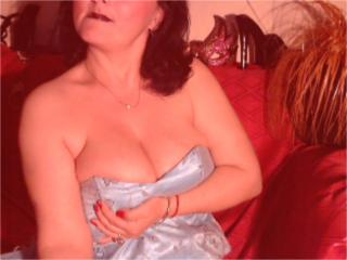 ShineSandra - Sexy live show with sex cam on XloveCam®