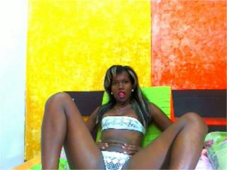 MilaJust - Sexy live show with sex cam on XloveCam®
