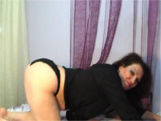 Sherlley - Sexy live show with sex cam on XloveCam