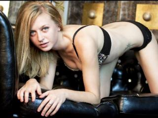 SensuallLips - Sexy live show with sex cam on XloveCam®