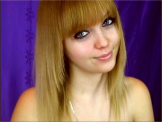 MalvinaS - Sexy live show with sex cam on XloveCam®
