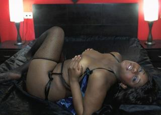 Ebonylips - Sexy live show with sex cam on XloveCam®