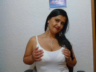 KinkyViolet - Sexy live show with sex cam on XloveCam®