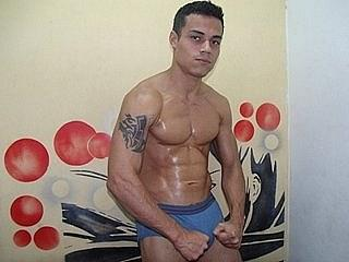 MuscularGuy - Sexy live show with sex cam on XloveCam®