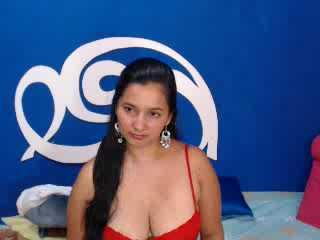 ABelleLulu - Sexy live show with sex cam on XloveCam®