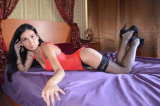 Alyaa - Sexy live show with sex cam on XloveCam