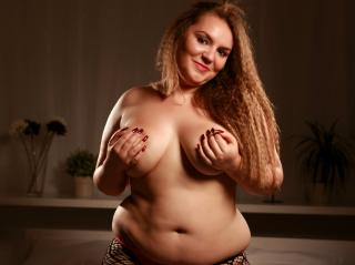 BustyAdelle - Sexy live show with sex cam on XloveCam