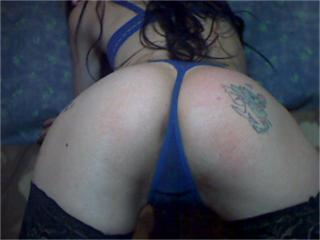 1KinkyBrunette - Sexy live show with sex cam on XloveCam