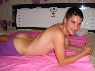 BonAventure - Sexy live show with sex cam on XloveCam®