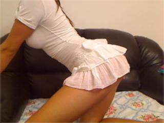 Elleonore - Sexy live show with sex cam on XloveCam
