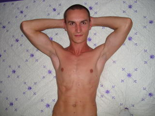 SkinnyAdy - Sexy live show with sex cam on XloveCam®