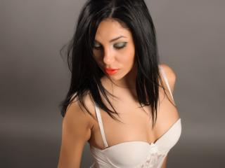 IvonneRicci - Sexy live show with sex cam on XloveCam®