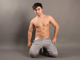 HankMalone - Sexy live show with sex cam on XloveCam