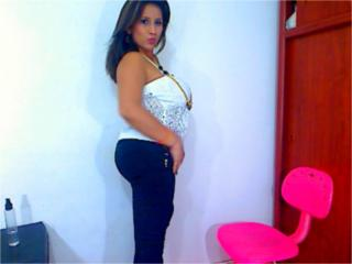 SalomeSweet - Sexy live show with sex cam on XloveCam®