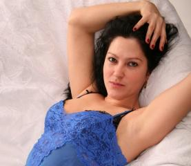 Evee - Sexy live show with sex cam on XloveCam®