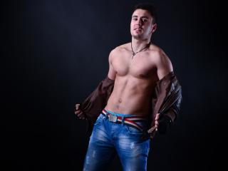AthleticTwink - Sexy live show with sex cam on XloveCam®