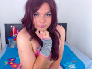 HornyDove - Sexy live show with sex cam on XloveCam