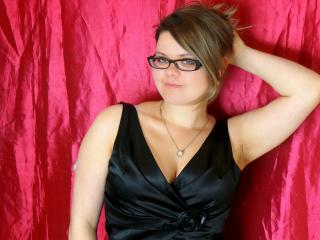 SweetMelinda - Sexy live show with sex cam on XloveCam®